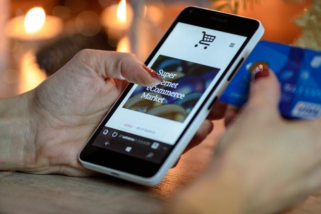 m-commerce statistics photos